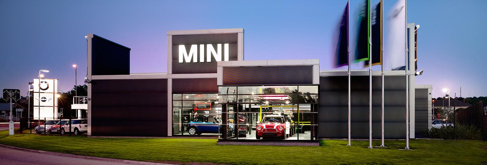 MiniRochdale0521-motor-retail-hero